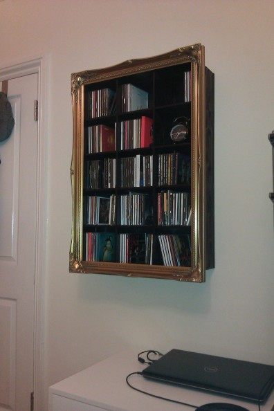 DIY media picture frame wall shelf