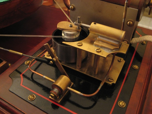 Steampunk Steam Powered Turntable Puts The Retro In Cool
