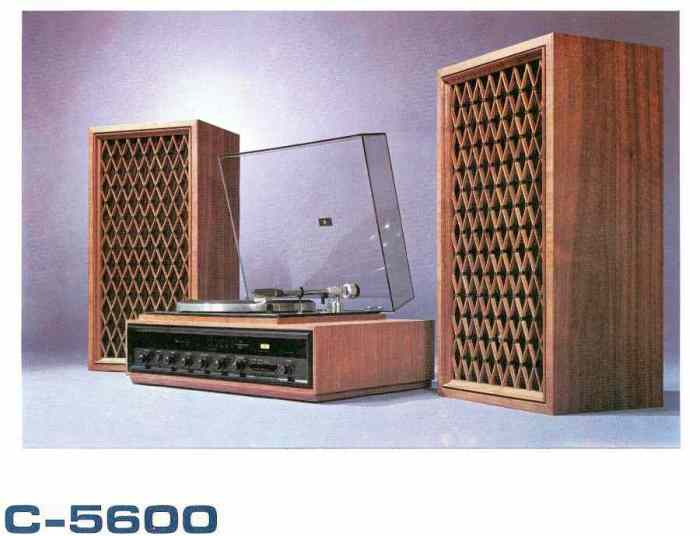 Pioneer C-5600 component system