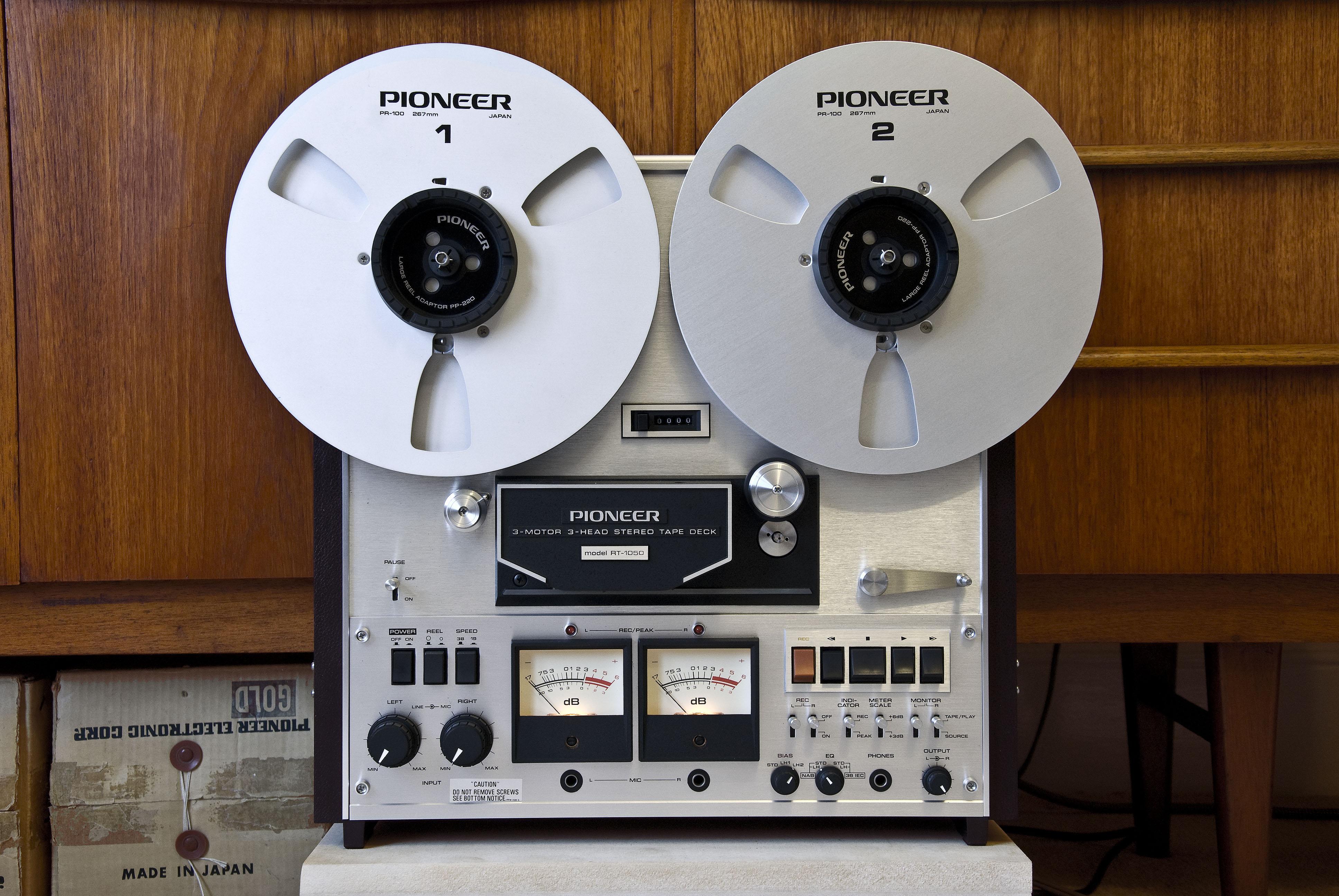 Equipos en la serie Vinyl Nef_26551